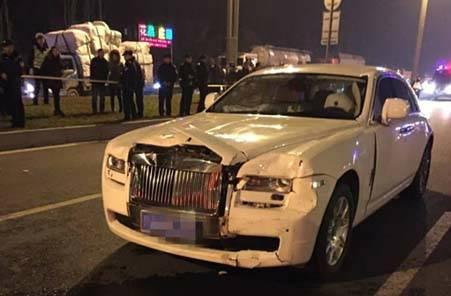 劳斯莱斯撞死路人应如何赔偿 交通事故撞死人需要坐牢吗
