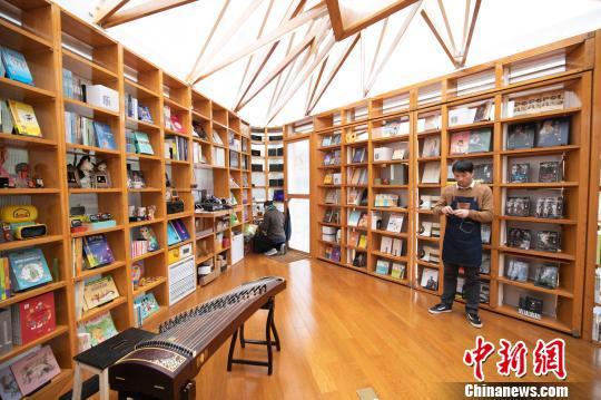 快闪书店亮相上海怎么回事 什么是快闪书店?