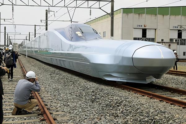 最快子弹头列车有多快 中国最快高铁速度是多少?