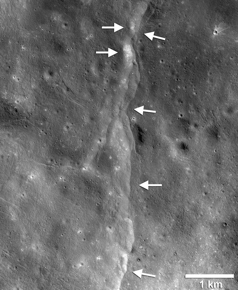 月球正在冷却收缩怎么回事 后果会怎样?