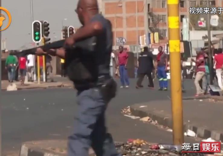 南非暴力排外事件怎么回事 事发原因及现场图片曝光