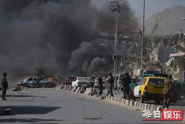 阿富汗清真寺爆炸伤亡情况及现场图片曝光