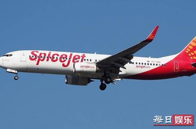 机窗裂粘后继续飞是什么情况 印度航空为何如此大胆?