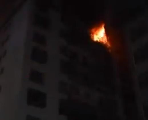 四川一居民楼起火是怎么回事  发生火灾时我们该如何逃生?