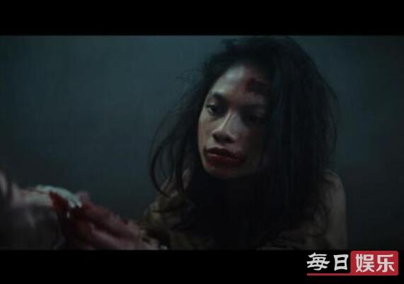 饥饿站台亚裔女为什么杀狗